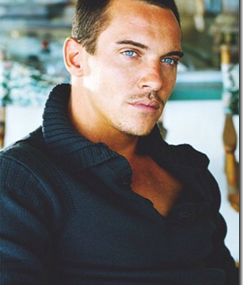 Jonathan Rhys Meyers Thanks Fans & Family For Support!