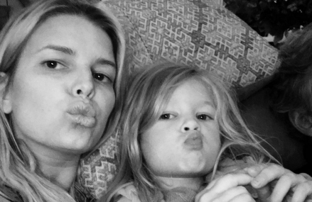 10 Instagram pics of Jessica Simpson and her children!