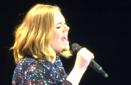 Adele loses sound at her live performance in Birmingham & still kills it!