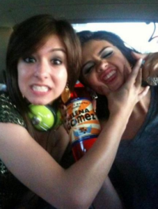 Selena Gomez: Pics and her tribute to Christina Grimmie at Revival Tour!