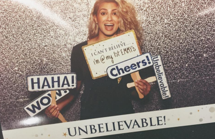 2016 Emmys: Tori Kelly, Kristen Bell & more! Check it out!