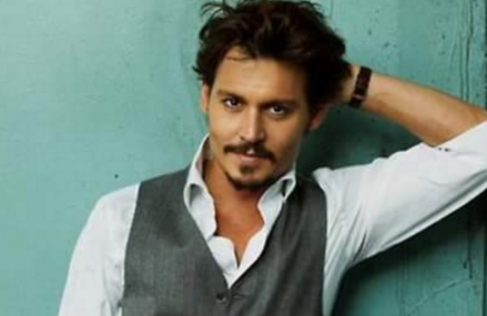 Johnny Depp will receive Charity Award for his support of cancer patients!