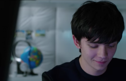 The Space Between Us trailer has dropped. Asa Butterfield looks great!