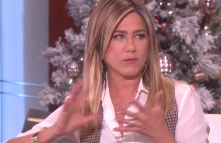 Jennifer Aniston slams negative Hollywood tabloids!