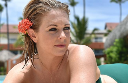 Melissa Joan Hart shares fun fact about Ryan Reynolds.