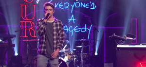 The Chainsmokers perform 'Break Up Every Night' on SNL!