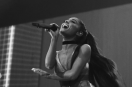 Ariana Grande suspends tour and leaves statement!