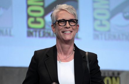 Jamie Lee Curtis wrote a beautiful article about pain and Michael Jackson!